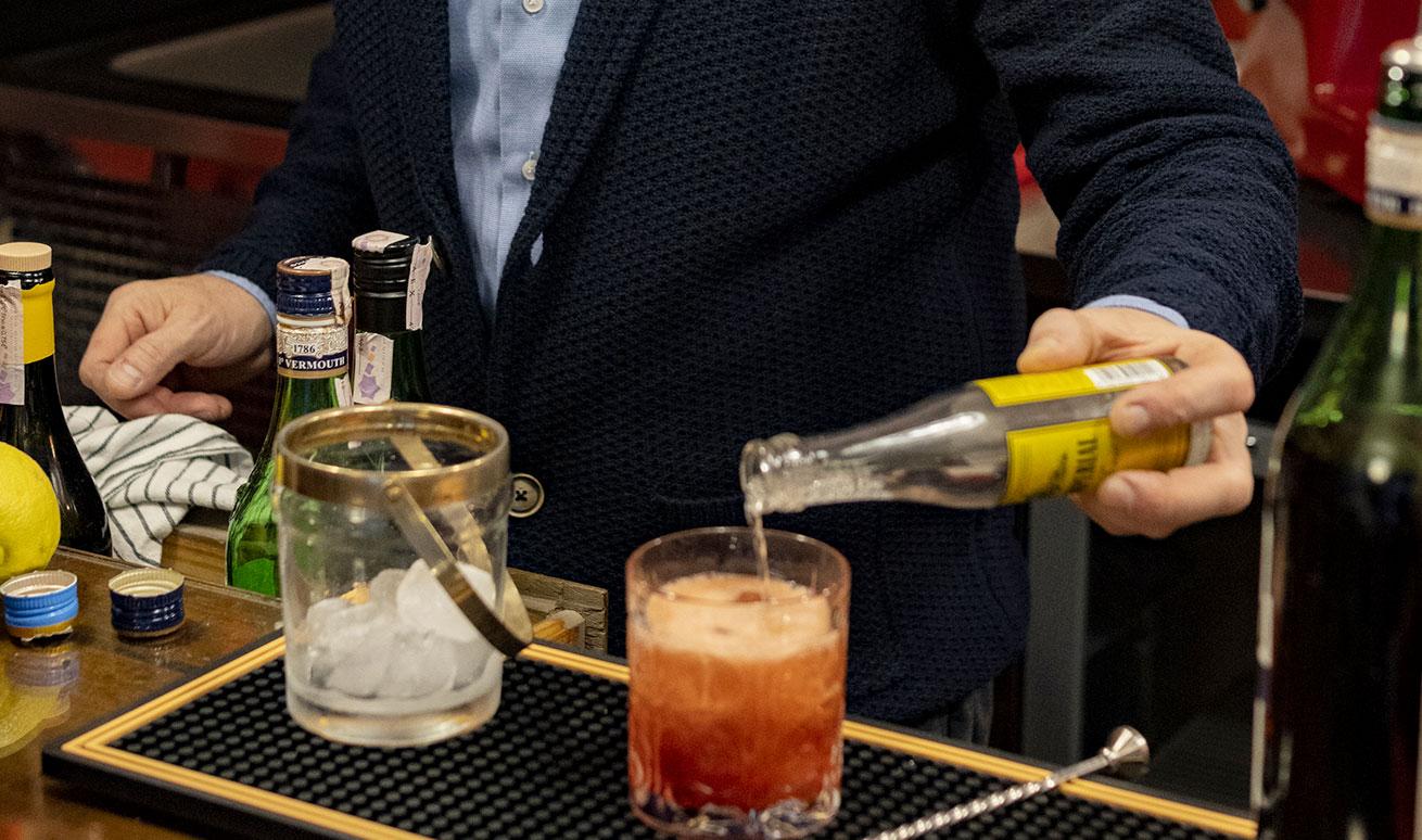 Drinks, Cocktails e Cocktail Americano - Vermuteria Artemisia, nuovo locale in centro a Ferrara