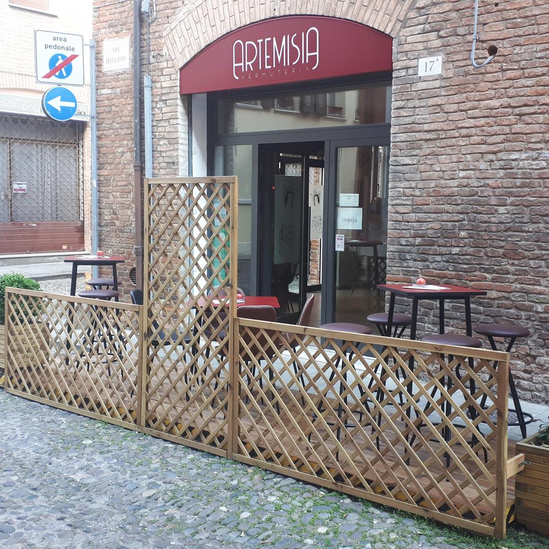 Distesa Esterna Wine Bar Centro Ferrara rtemisia Vermuteria via della Luna